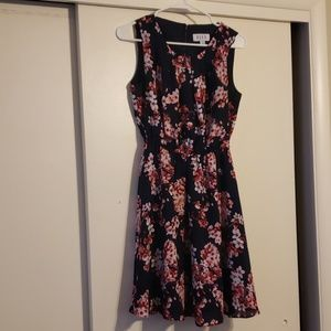 Elle floral print dress size small